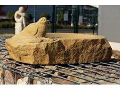 Pískovcová socha PÍTKO - Ptáček