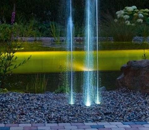Oase Water Trio (fontána vysoko nahoru) - Osvětlení, elektro k jezírku Vodní hry s osvětlením